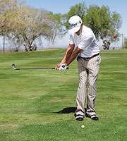 gay sat phan 5 1 Hướng dẫn đánh gậy sắt  khi đánh golf(phần 5)
