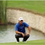 Đọc green. Hình chụp: Erlangga Tribuana/Golf World Việt Nam