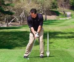 danh thap 1 Giải quyết những tình huống khó khi đánh golf (phần 2)