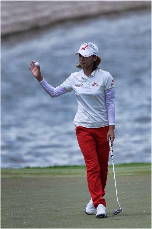 Tay golf hạng 2 thế giới, Na Yeon Choi về nhì sau khi đánh đủ điểm even ở vòng cuối. Hình chụp: Erlangga Tribuana