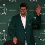 Adam Scott trả lời phỏng vấn sau chiến thắng. Ảnh: PGA Tour