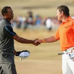 Lee Westwood và Tiger Woods trong cuộc đua giành Claret Jug. Ảnh: Andrew Redington/Getty Images