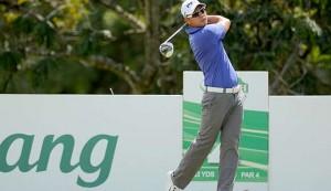 Duy Nhất tiếp tục thể hiện bản lĩnh và phong độ đỉnh cao khi tiếp tục dẫn đầu vòng đấu thứ 2  trên sân Sutera Harbour Golf & Country Club. Hình chụp: Asean PGA Tour